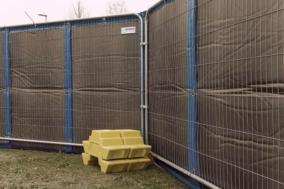 3D M300 Mobile fence - spikes